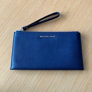 Michael Kors wristlet wallet navy leather